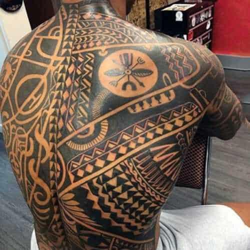 74-fiz-uma-tatoo-nas-costas