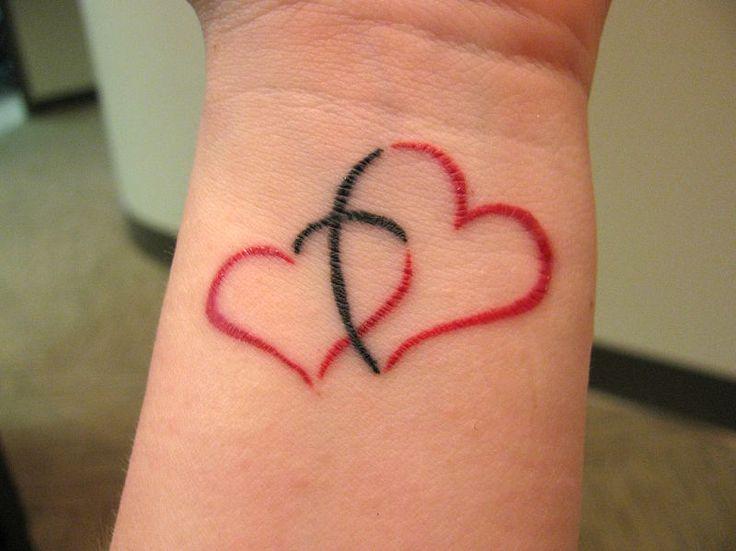 14-tatuagens-femininas-no-pulso